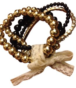 Wet Seal Black And Gold Beaded Bracelet Set