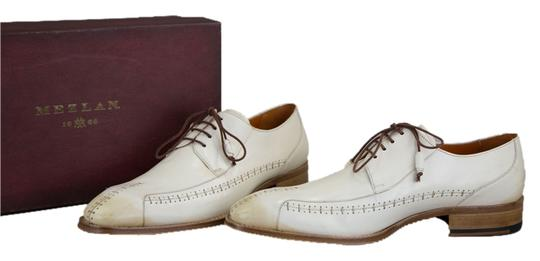 Preload https://img-static.tradesy.com/item/8575456/mezlan-white-bone-oxford-leather-mens-flats-size-us-11-regular-m-b-0-1-540-540.jpg