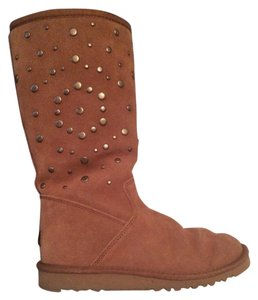 UGG Australia Studded Leather Tan Boots
