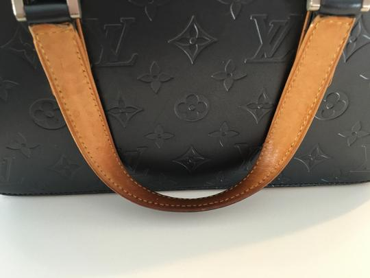 Louis Vuitton Lv Cute Classy Leather Silver Hardware Limited Edition Satchel in Grey/metallic mat Image 10