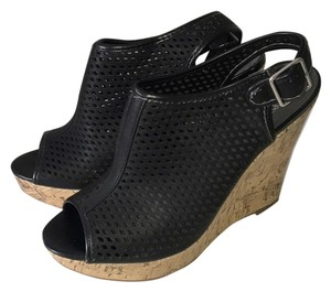 Sbicca Black Wedges