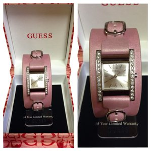 Guess Guess Leather Pink Watch