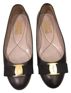 Reduced!Salvatore Ferragamo Dark brown Flats