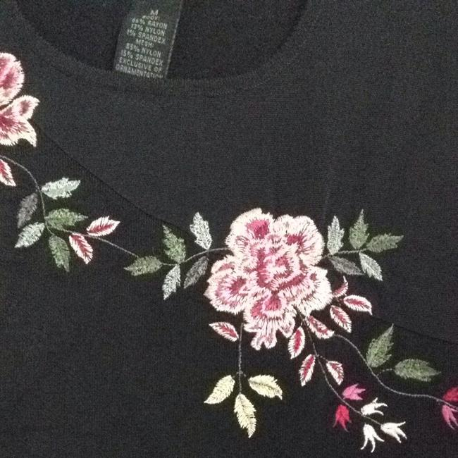 The Limited Embroidery Top Black