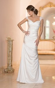 Essense Of Australia 5957 Wedding Dress