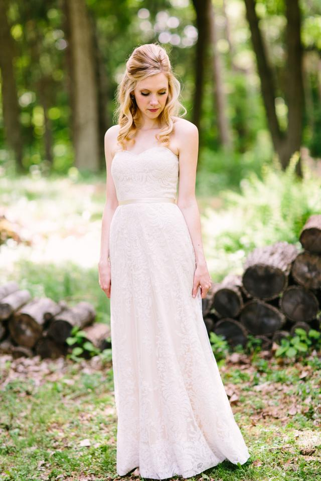 BHLDN Champagne Lace Zahara Gown Feminine Wedding Dress Size 0 (XS ...