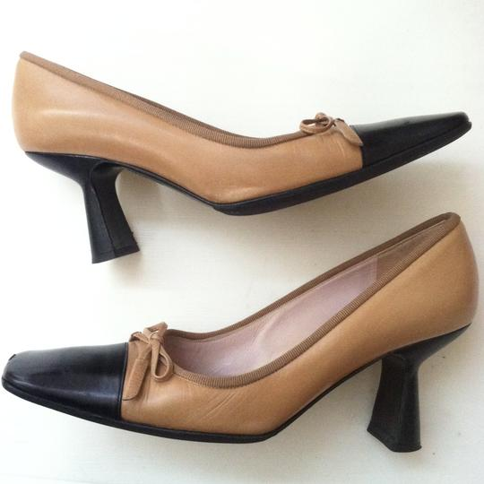 Chanel Classic Size 7 nude Pumps