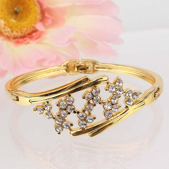 other New 18k Yellow Gold Filled Blossom Austrian Crystal Bracelet Bangle Image 4