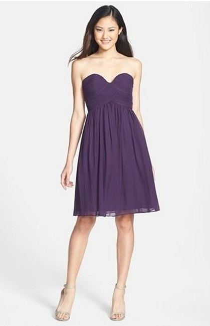 Item - Amethyst Silk Chiffon Strapless Formal Bridesmaid/Mob Dress Size 6 (S)
