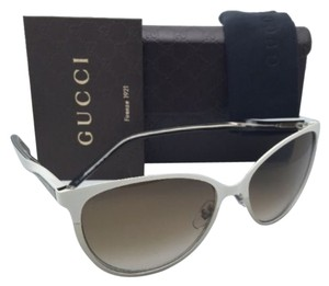 Gucci New GUCCI Sunglasses 4255 White & Silver Cat-Eye Frame /Brown Gradient