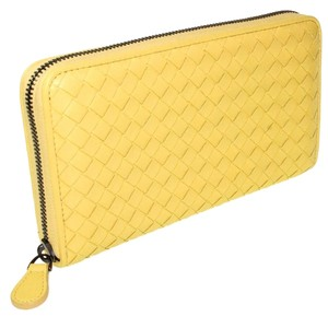 Bottega Veneta Intrecciato Nappa Zip Lime Green Wallet