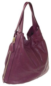 Givenchy Leather Shopper Tinhan Large Tote in Violet