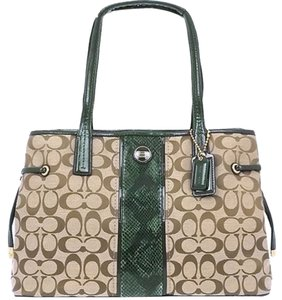 Coach Signature Khaki Brown Green Handbag Tote in Khaki/Green