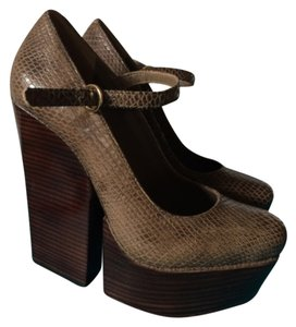 Alice + Olivia Brown Wedges
