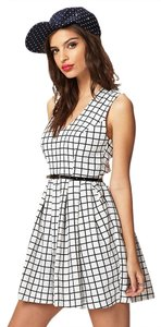 Forever 21 Vintage Pattern Skater Cute Dress