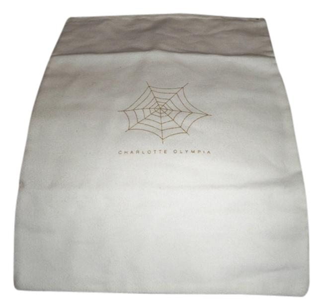 Item - Cream with Gold Web and Logo Dust Bag 11x15 Ivory Flannel