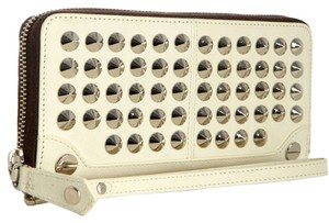 Be&D Leather Studded Wristlet in Cream