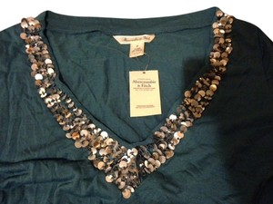 Abercrombie & Fitch A&f L Sequin V Neck T Shirt