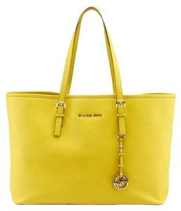 Michael Kors Jet Set Tote in Lime Green