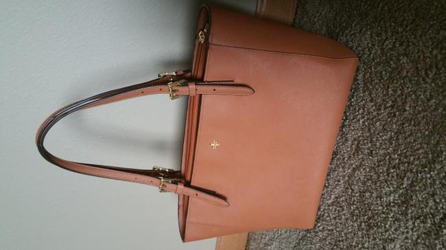 Item - 'york' Small Buckle Saddle Leather Tote