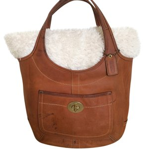 Coach Tote in Brown Camell