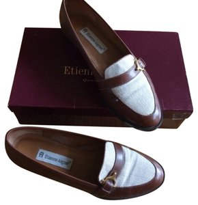 Etienne Aigner Loafer Flat Leather Brass Tan, Creme Flats