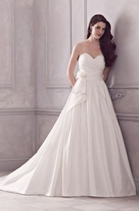Paloma Blanca 4415 Wedding Dress