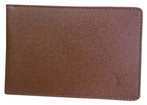 Louis Vuitton Taiga Leather Pass Holder