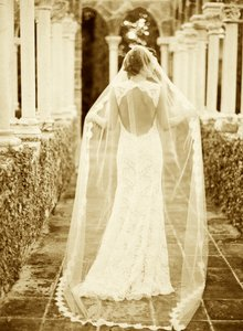 Size 20/22 All Lace Low Back Wedding Dress