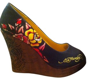 Ed Hardy Black with yellow and red roses Wedges