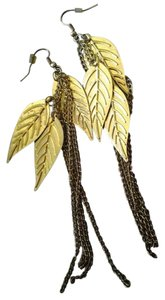 Claire's Gold metal feather earrings