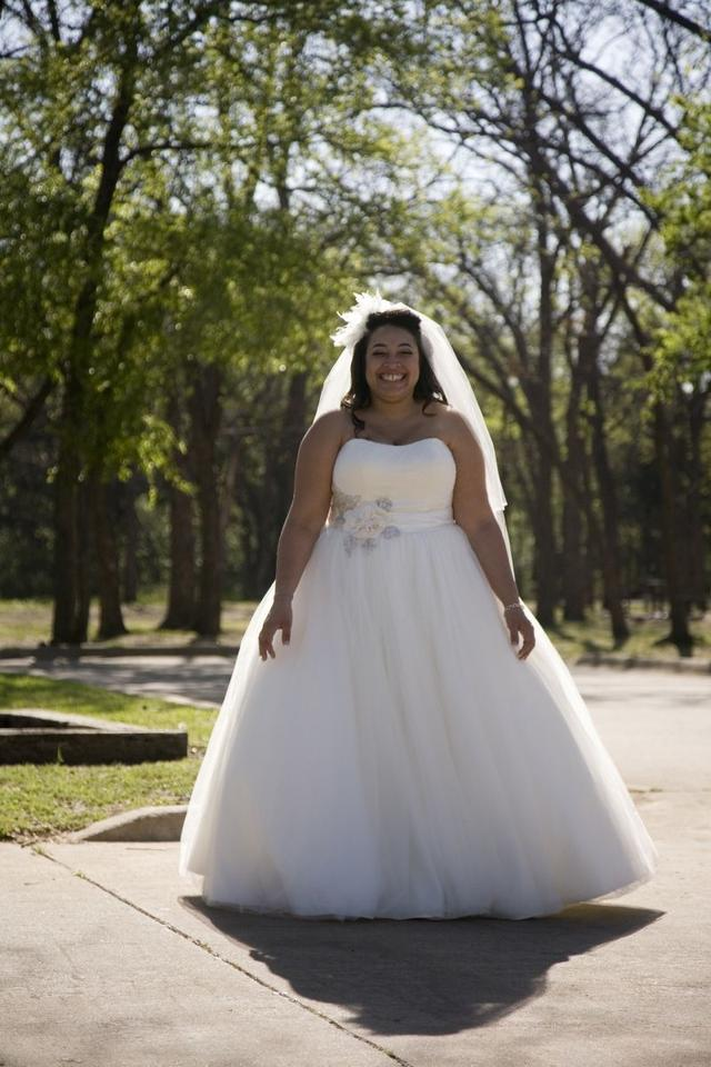 Oleg Cassini Ivory Tulle Ball Gown Featuring 3d Floral Details ...