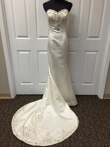 Venus Bridal Ve8676 Wedding Dress