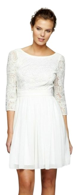 Item - White Above Knee Cocktail Dress Size 4 (S)
