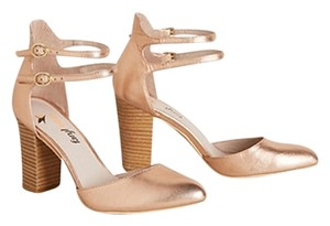 Anthropologie Gold Pumps