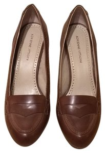 Adrienne Vittadini Brown Pumps