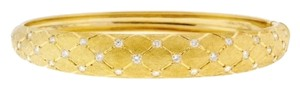 DIAMONSY Best price on Tradesy - 18K yellow gold Italian 3/5 carat diamond lattice design textured bangle/ bracelet