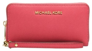 MICHAEL Michael Kors Wristlet in Watermelon