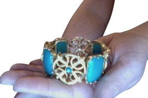 unknown Beautiful Gold and Turquoise Bracelet