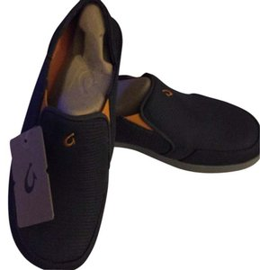 Olukai Dark Shadow Athletic