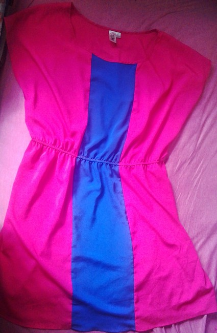 Item - Colorblock: Cobalt Blue and Vibrant Pink Colo Color-blocking Above Knee Short Casual Dress Size 22 (Plus 2x)