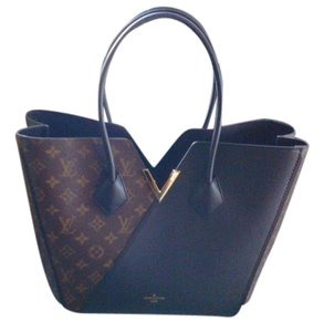 Louis Vuitton Monogram Canvas Leather Limited Edition Rare Brand New Must Have Classy Chic Tote in Black