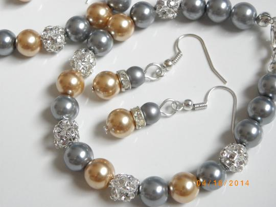 Grey Gold Of 7 Bridesmaid Bracelets and Earrings Jewelry Set Image 2