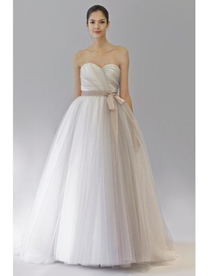 Carolina herrera hannah 35209 wedding dress on sale 75 Carolina herrera wedding dresses for sale