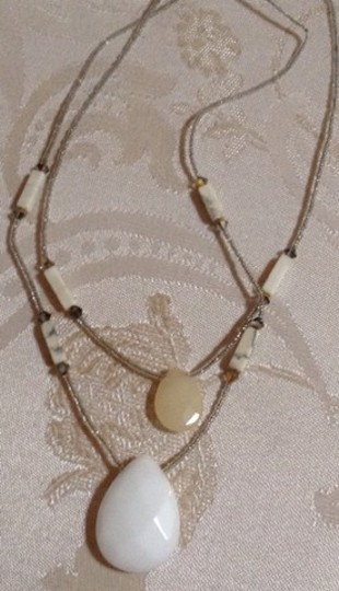 Other Vintage White Glass Beaded Necklace