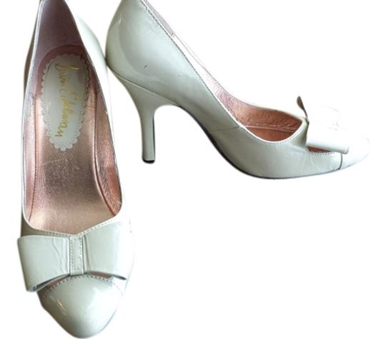 Sam Edelman Cream Pumps