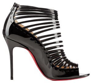 Christian Louboutin Rare Black Pumps