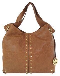 MICHAEL Michael Kors Uptown Leather Shoulder Tote in Luggage brown