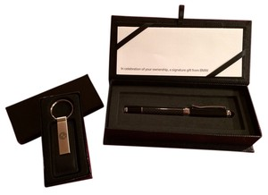 BMW Authentic BMW carbon pen and leather key chain