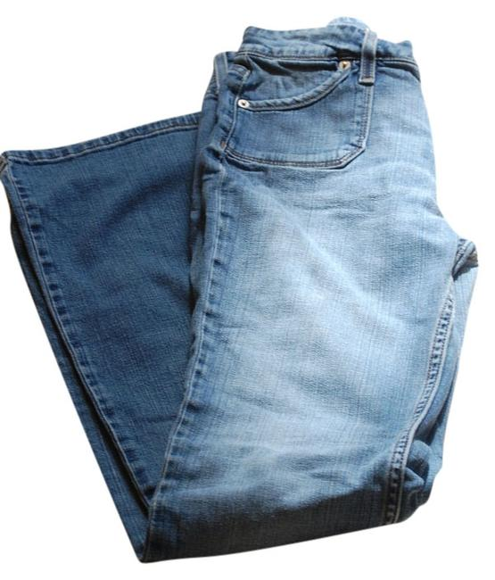 Item - Blue Distressed 545 Low Boot Cut Jeans Size 31 (6, M)